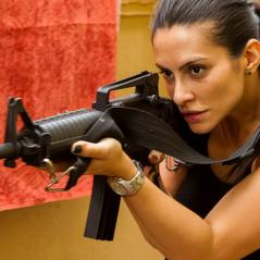 """Cleo Pires, de """"Operações Especiais"""", descreve preparação para viver policial: """"Bastante física"""""""