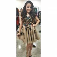 """Larissa Manoela, de """"Cúmplices de Um Resgate"""", se encontra com Maisa Silva no Meus Prêmios Nick 2015"""