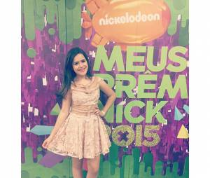 Maisa Silva estava linda, e entregou prêmios para Luan Santana no Meus Prêmios Nick 2015