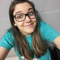 """Youtuber Malena revela como lida com o sucesso de seus vídeos: """"É uma grande responsabilidade"""""""