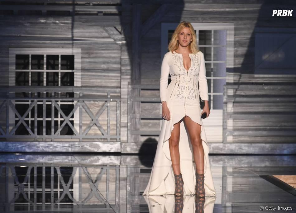 Ellie Goulding também se apresentou no Victoria's Secret Fashion Show 2015