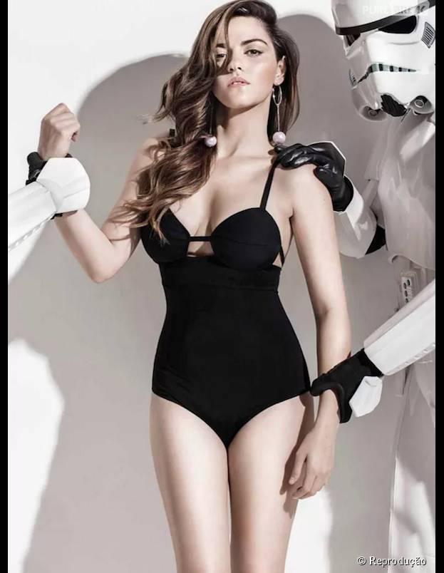 """Maite Perroni, do RBD, posa sensual para revista e ao lado de personagens de """"Star Wars"""""""
