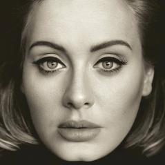 """Adele supera NSync e bate recorde histórico em vendas com o álbum """"25"""" nos EUA!"""