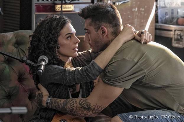 """Destaque em """"Malhação"""",Julia Konrad rebate Lucas Lucco e diz que beijo técnico existe sim"""