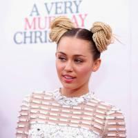 Miley Cyrus fora dos tapetes vermelhos? Cantora assusta fãs com hashtag misteriosa no Instagram