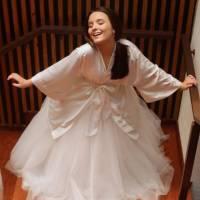 """Larissa Manoela, de """"Cúmplices de um Resgate"""", prepara festa de 15 anos e mostra tudo para os fãs!"""