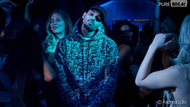 "Chris Brown lança o clipe da música ""Anyway"""