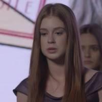 """Novela """"Totalmente Demais"""": Eliza (Marina Ruy Barbosa) descobre por Carolina que Jonatas foi preso!"""