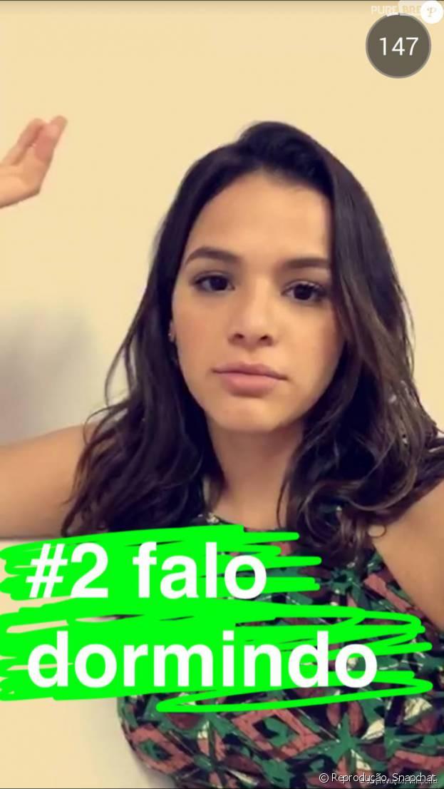 Bruna Marquezine está sempre tendo conversas sinceras e engraçadas no Snapchat