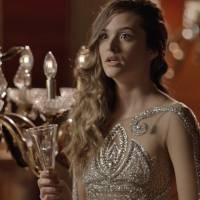 """Novela """"Totalmente Demais"""": Cassandra vacila e deixa Eliza com mais chances de vencer o concurso"""