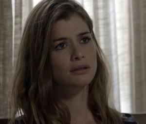 """Em """"Além do Tempo"""", Lívia (Alinne Moraes) assume Beraldini após acidente de Emília (Ana Beatriz Nogueira)"""