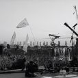 """Ellie Goulding também homenageia fãs com clipe de """"Army"""""""