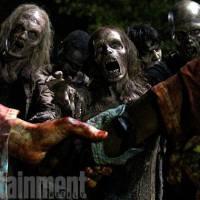 """Em """"The Walking Dead"""": na 6ª temporada, Alexandria é tomada por zumbis e será reconstruída!"""