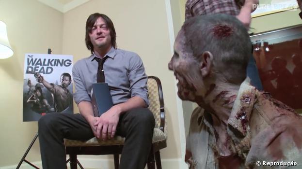 """Norman Reedus, o Daryl de """"The Walking Dead"""" ficou surpreso com o susto que levou de Nick!"""