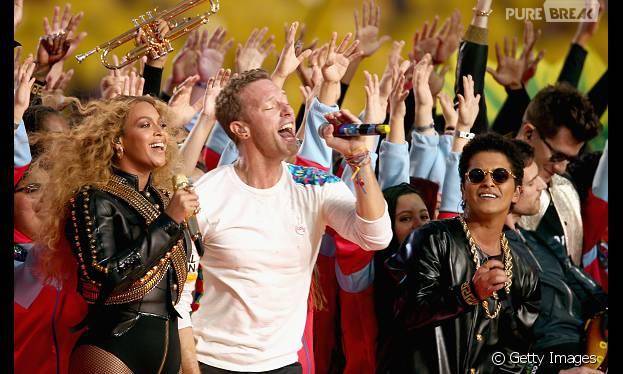 Com Beyoncé, Coldplay e Bruno Mars, o show do Super Bowl se tornou inesquecível!
