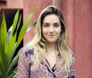 Já Monique Alfradique ocupa o posto de musa do Bloco das Poderosas de Anitta