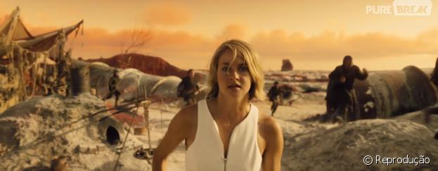 """Em """"A Série Divergente: Convergente"""", Tris (Shailene Woodley) descobre que é geneticamente pura"""