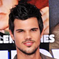 Taylor Lautner comemora seus 22 anos! Parabéns ao lobo mais gato do cinema!