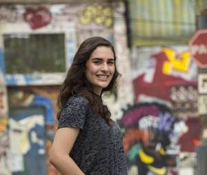 """Atriz de """"Malhação"""", Lívian Aragão quer chegar aos 18 anos para dirigir"""