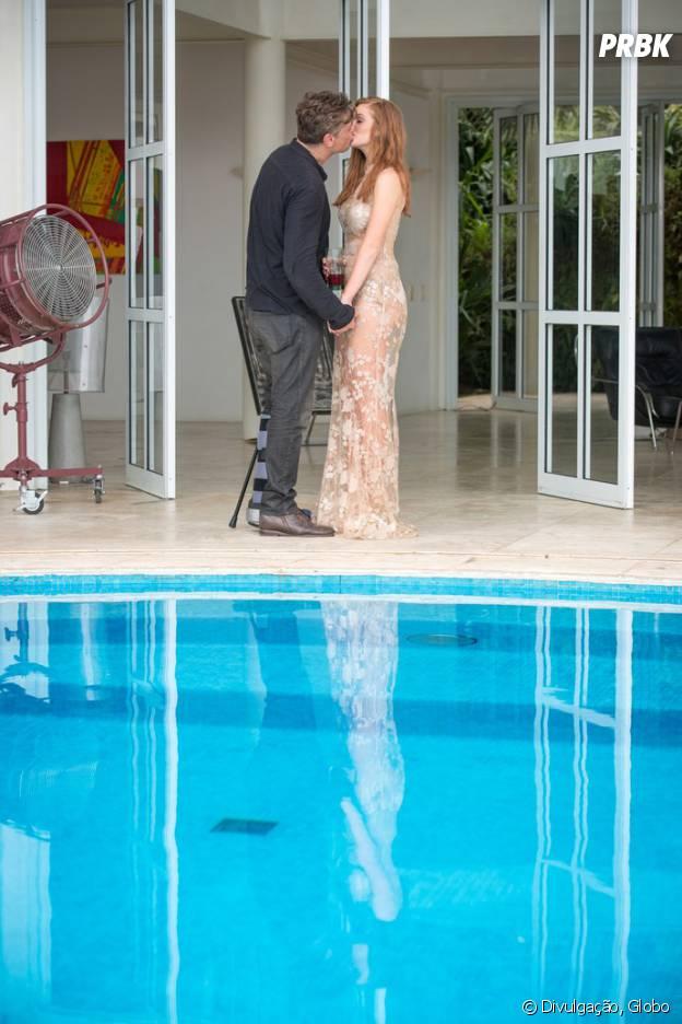 """Novela """"Totalmente Demais"""": Arthur (Fabio Assunção) pede Eliza (Marina Ruy Barbosa) em casamento!"""