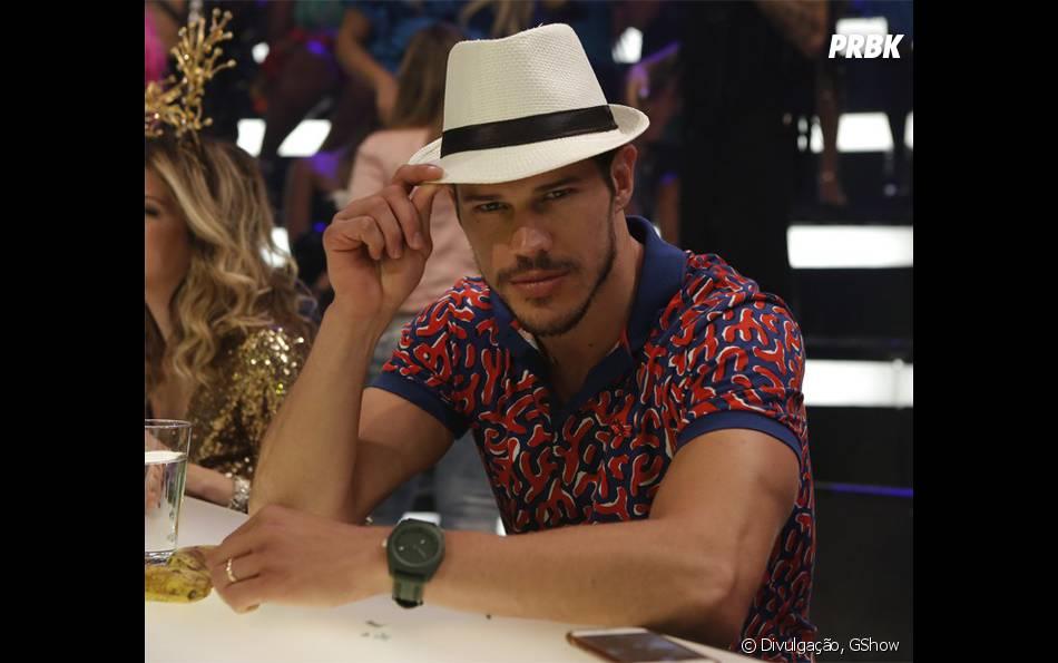 """Em """"Haja Coração"""", Karen Junqueira é Jéssica, namorada do Felipe (Marcos Pitombo)"""