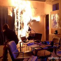 """Em """"Malhação"""": Anita coloca fogo na escola com a ajuda de Antônio!"""