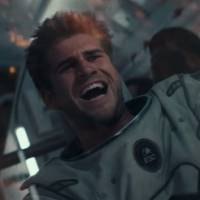 """De """"Independence Day 2"""": Liam Hemsworth, de """"Jogos Vorazes"""", arrasa em novo trailer da sequência"""