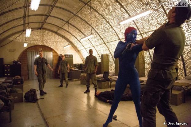 """Jennifer Lawrence interpreta a mutante azul Mística, no filme""""X-Men: Dias de um Futuro Esquecido"""""""