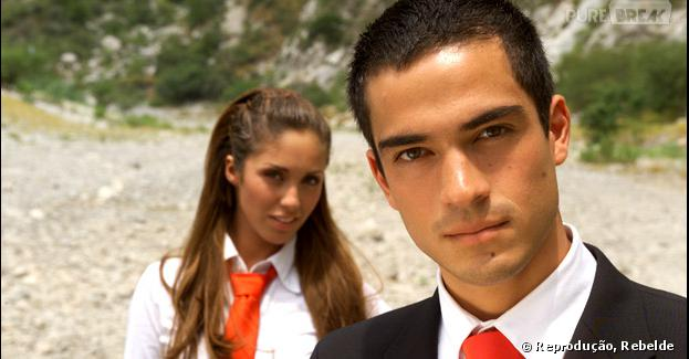 "Anahí e Alfonso Herrera era Mia e Miguel na novela mexicana ""Rebelde"""