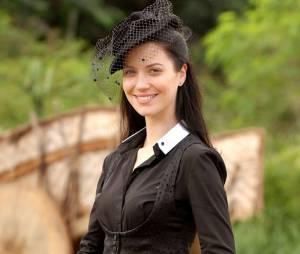 """Em """"Cordel Encantado"""", de 2011, Nathalia Dill apareceu com os fios bem escuros e longo"""