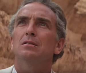 """Um erro que entrou de propósito no corte final de """"Indiana Jones e Os Caçadores da Arca Perdida"""" foi Paul Freeman comendo uma mosca"""