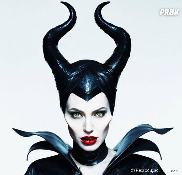 """Novo poster de """"Malévola"""" com Angelina Jolie"""