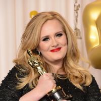 Adele recebe convite para fazer tema de novo filme do James Bond