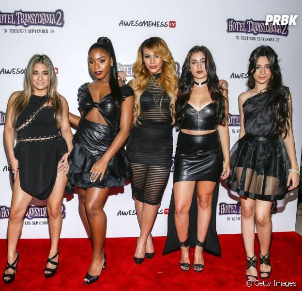 Meninas do Fifth Harmony e suas idades:Dinah (18), Camila Cabello e Lauren, ambas com 19, Normani, que faz 20 no próximo dia 31 de maio e Ally (22)