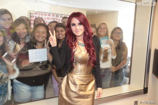 Dulce Maria está no Brasil para fazer show íntimo com os fãs