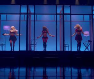 """Glee"" canta ""Toxic"" de Britney Spears"