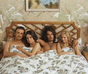 "Jason Segel, Mila Kunis, Russell Brand e Kristen Bell estrelam comédia ""Ressaca de Amor"""