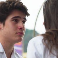"""Novela """"Malhação"""": Rodrigo (Nicolas Prattes) e Luciana resolvem namorar escondidos!"""