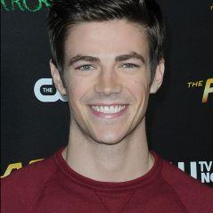 """De """"The Flash"""": Grant Gustin, o Barry, em """"Glee""""? Veja curiosidades do astro!"""