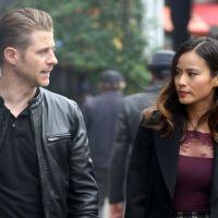 """Em """"Gotham"""": na 3ª temporada, Gordon e Valerie Vale aparecem juntos nas primeiras fotos da série!"""