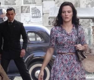 "Manfred (Carmo Dalla Vecchia) sesquestrou Amélia (Bianca Bin) diversas vezes em ""Joia Rara"""