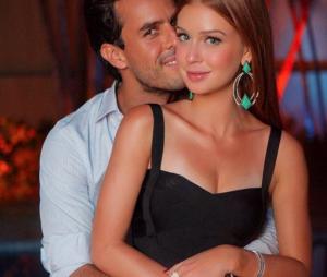 Marina Ruy Barbosa foi pedida em casamento por Xandinho Negrão durante uma viagem