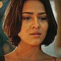 """Novela """"Velho Chico"""": Olívia (Giullia Buscacio) descobre que Miguel não é seu irmão!"""