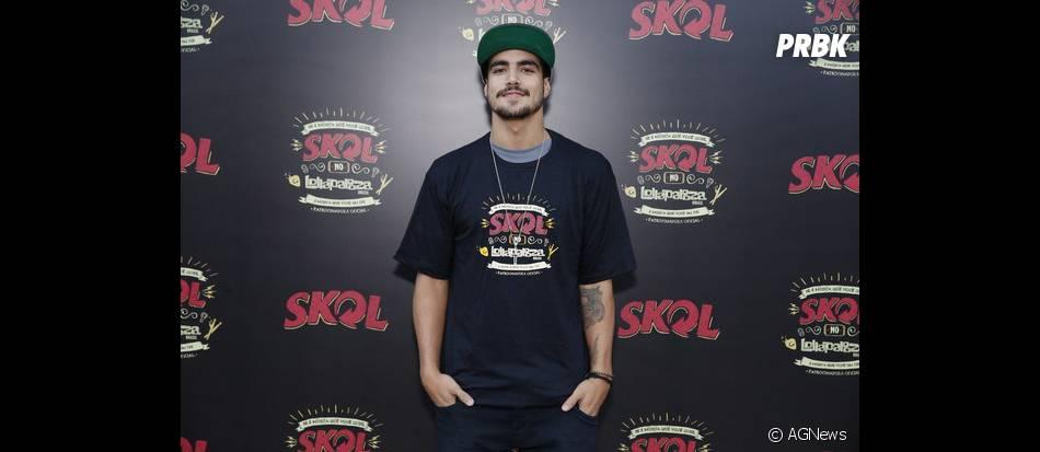 O ator Caio Castro foi um dos primeiros famosos a chegar no último dia de Lollapalooza