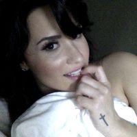 Demi Lovato nua?! Supostas fotos íntimas da cantora caem na internet