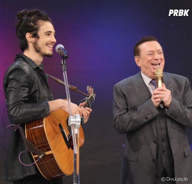 Tiago Iorc abre o coração em quadro do programa de Raul Gil