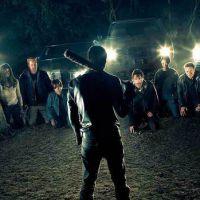 """De """"The Walking Dead"""", na 7ª temporada, produtor fala sobre mistério da série: """"Tudo é pelos fãs"""""""