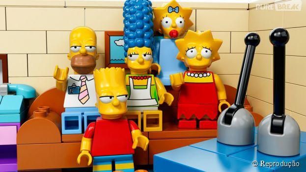 """Personagens da série """"Os Simpsons"""" viram Lego no 550º episódio"""