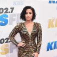 Demi Lovato representa as baixinhas com seus 1,61