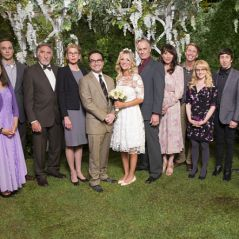 "Em ""The Big Bang Theory"": na 10ª temporada, Leonard e Penny se casam. Confira as fotos!"